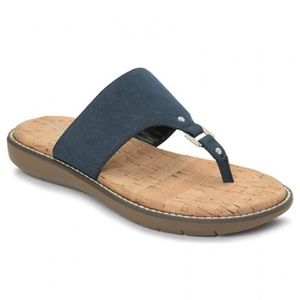 A2 by Aerosoles Cool Cat sandal navy